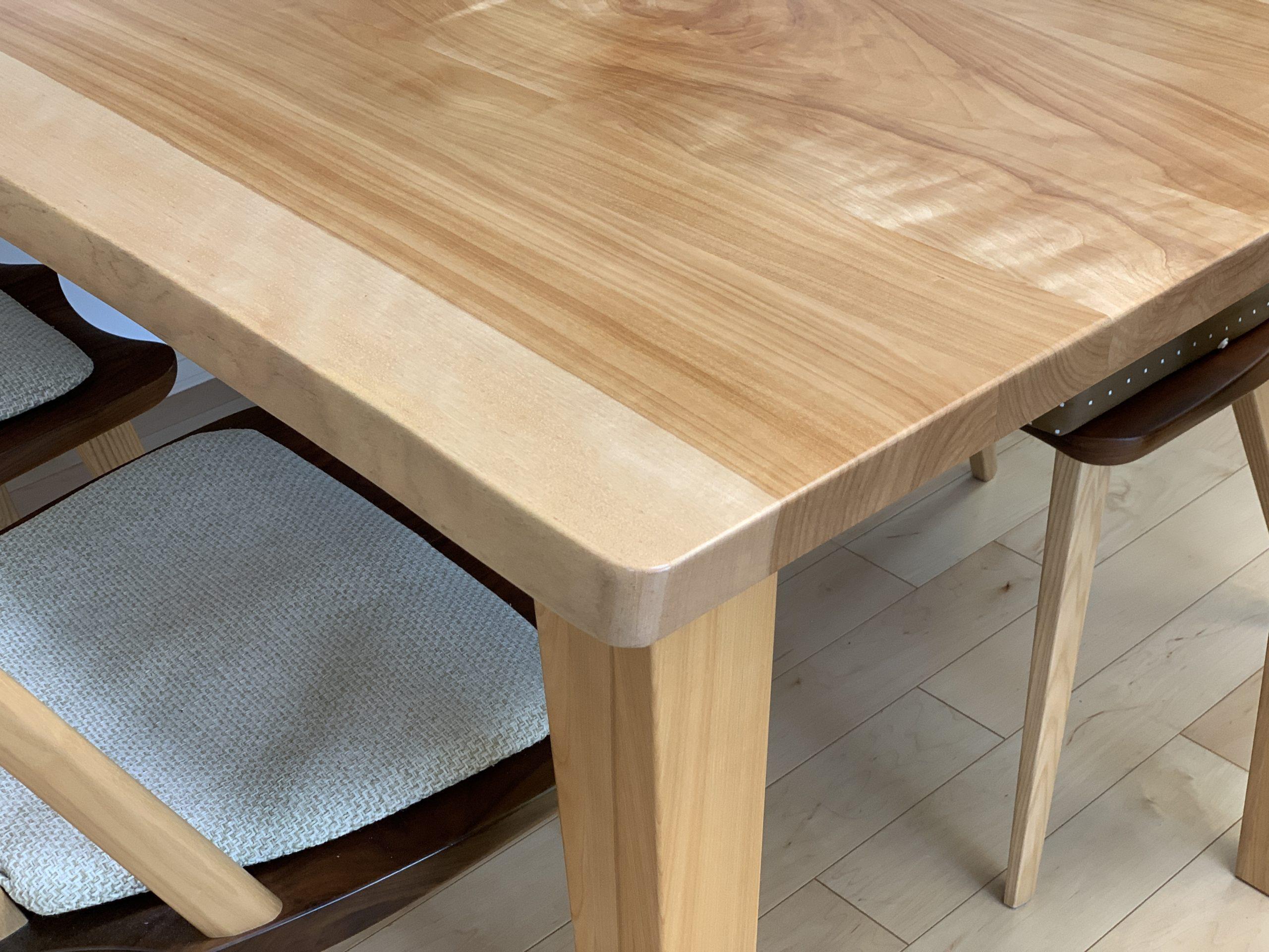 カバ桜無垢材ダイニングテーブル