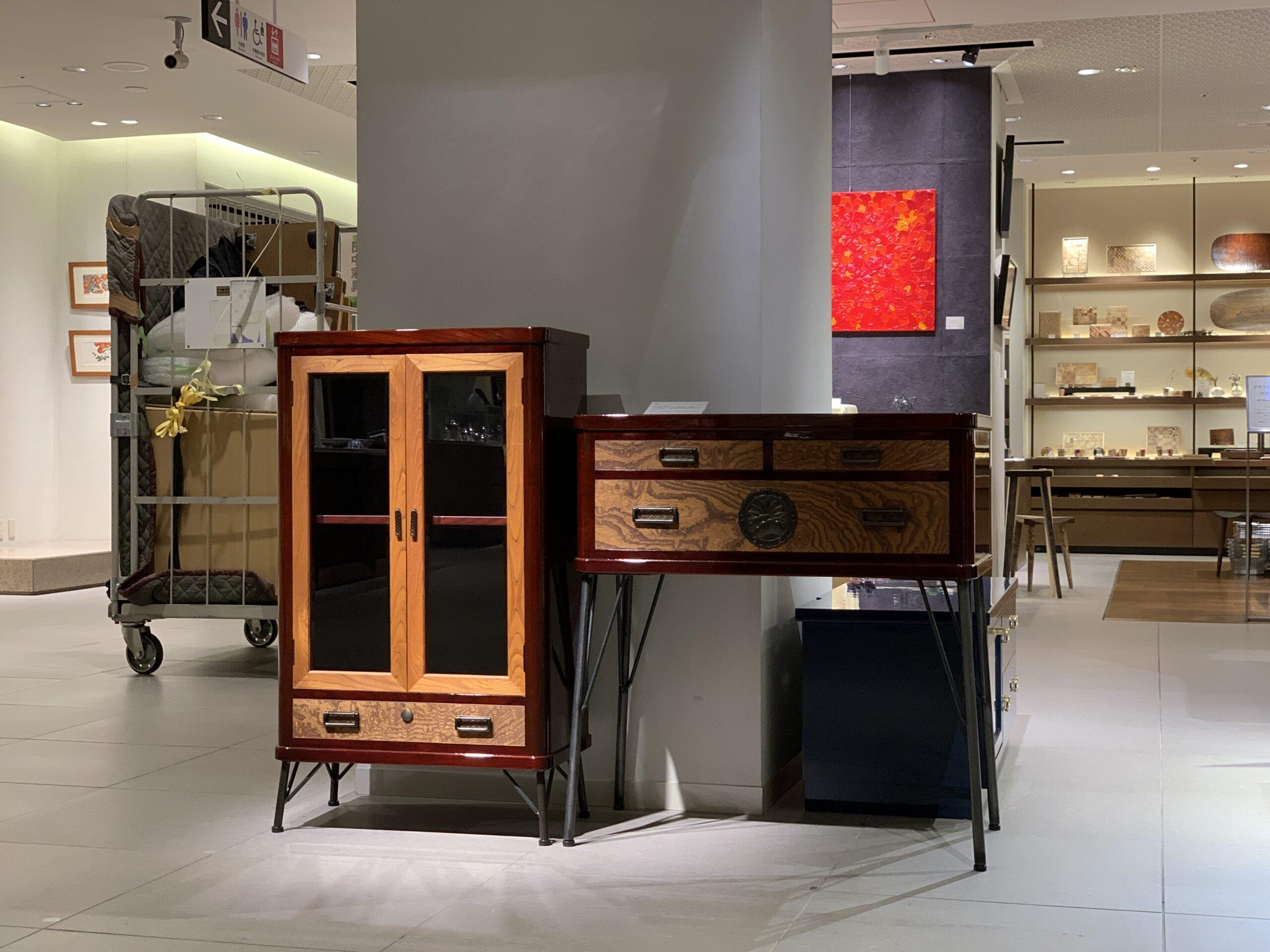 """""""Nihonmatsu Traditional Furniture Exhibition"""" at Ginza Mitsukoshi."""