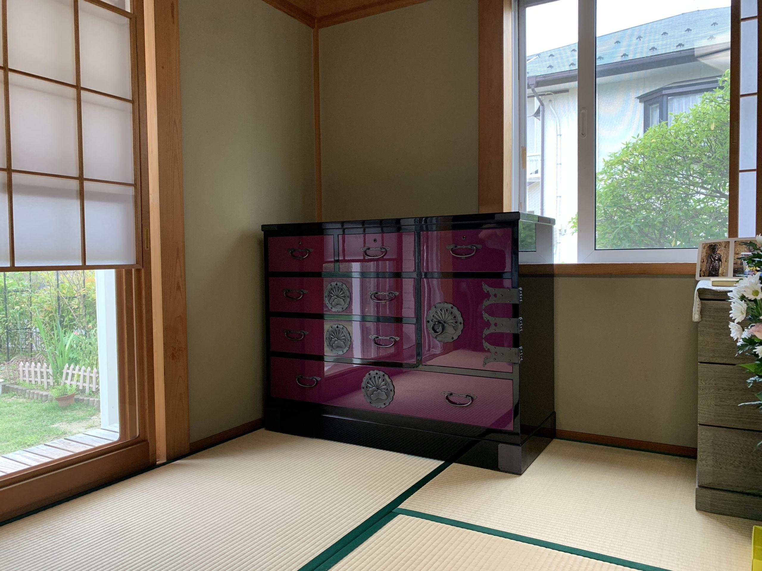 二本松伝統家具 35整理箪笥片開下一 ボルドー&ブラック