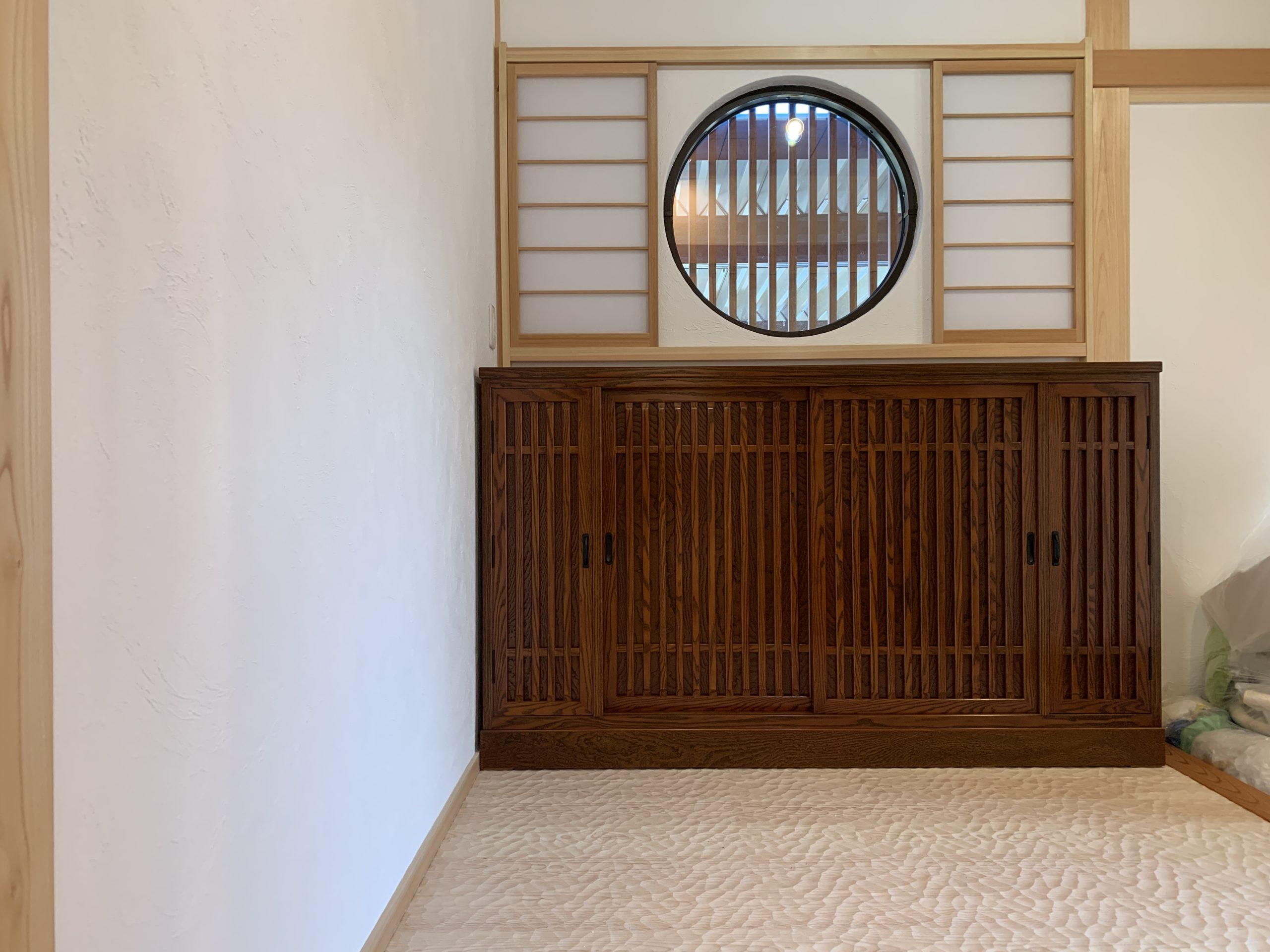 二本松伝統家具-特註欅下駄箱 格子
