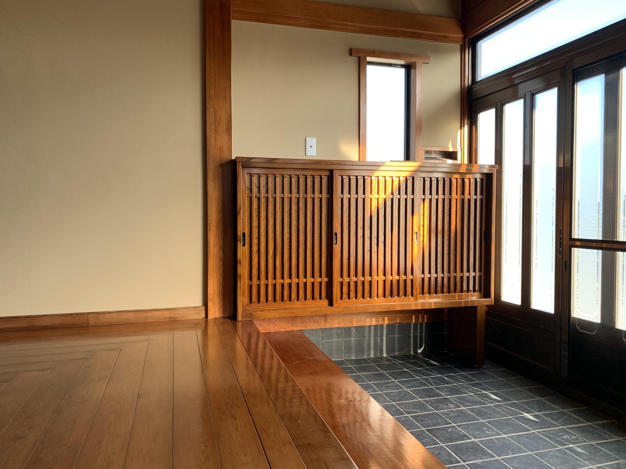 二本松伝統家具 特注欅格子下駄箱