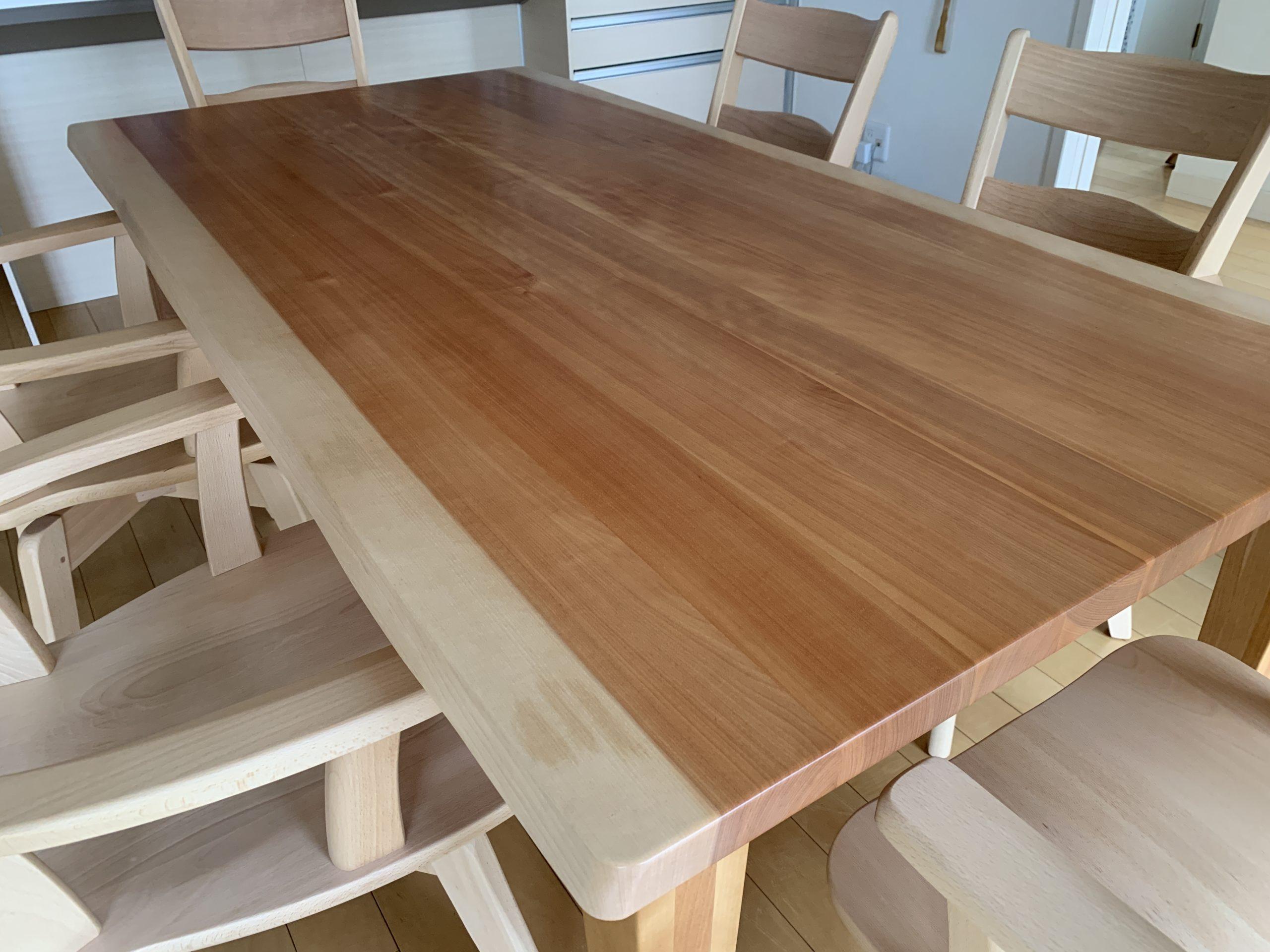 カバ桜ダイニングテーブル&ブナ材アームチェア