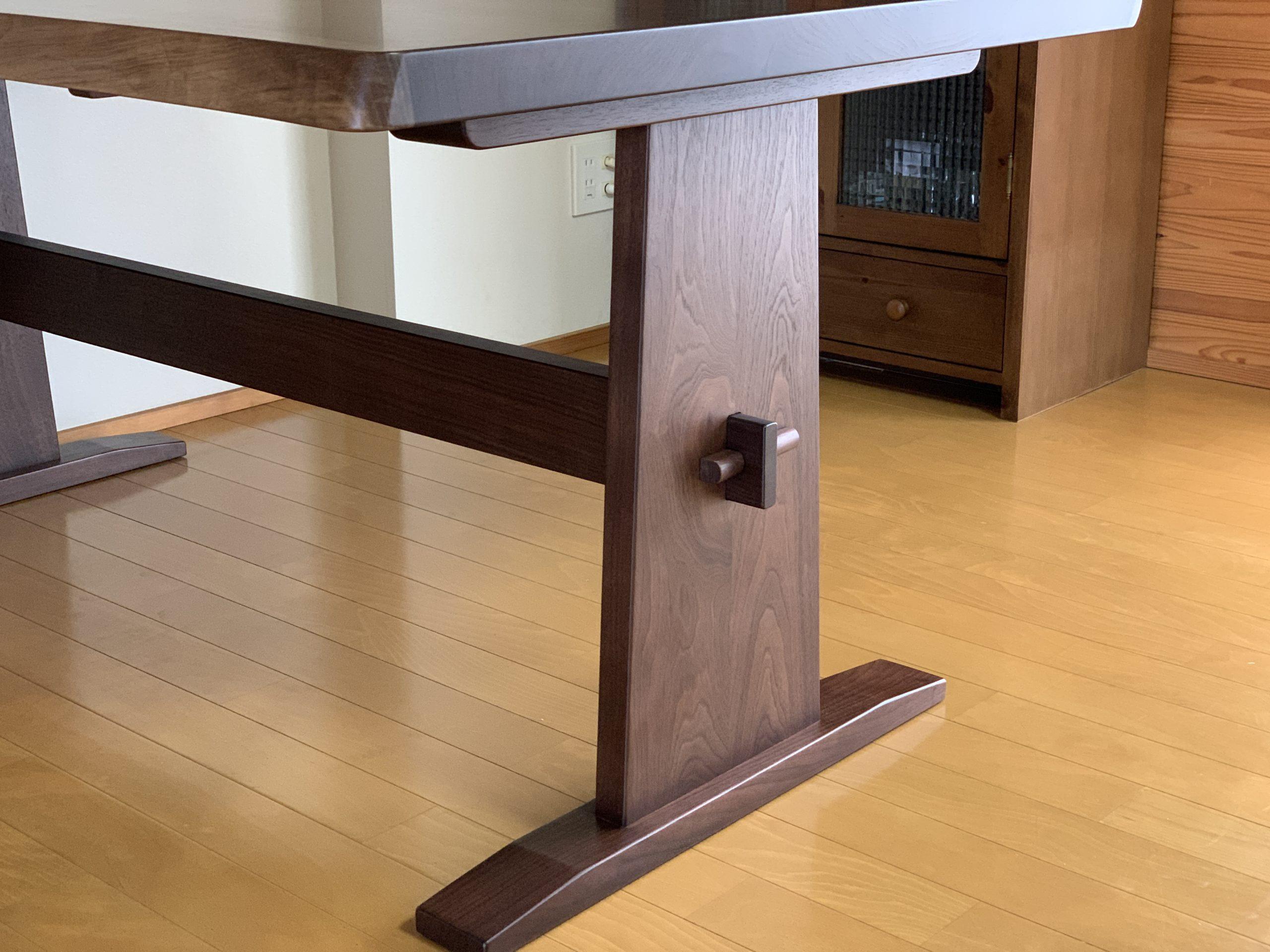 ブラックウォルナット ブックマッチ ダイニングテーブル